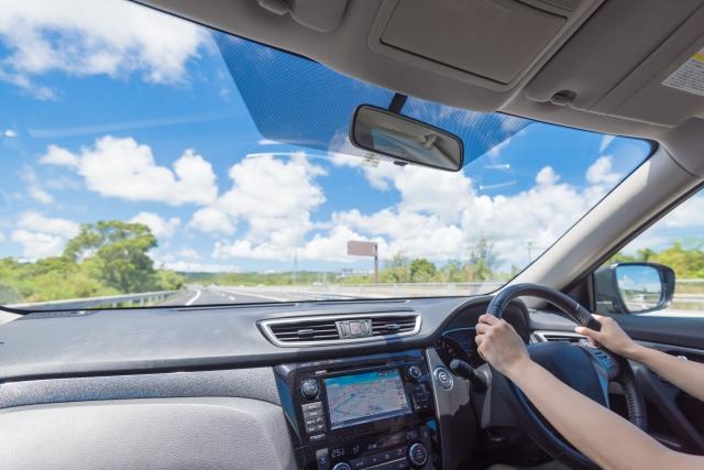 運転席からのドライブ風景