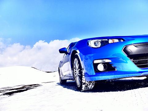雪山ドライブー