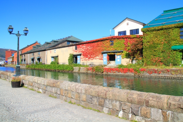 小樽運河と紅葉